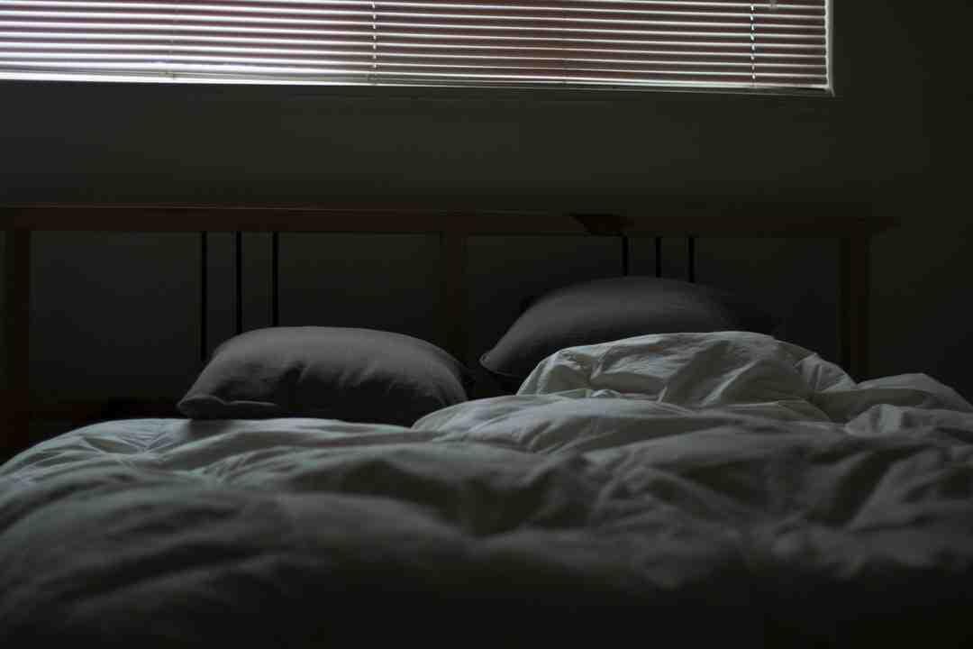 Comment conditionner votre corps pour avoir moins besoin de sommeil