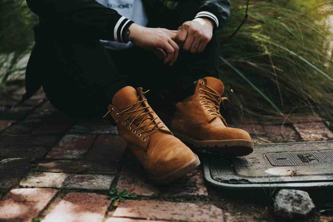 Comment enlever de la moisissure sur des chaussures en daim ?