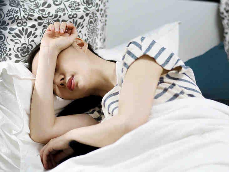Nausées : Symptomes, définition, causes et traitements